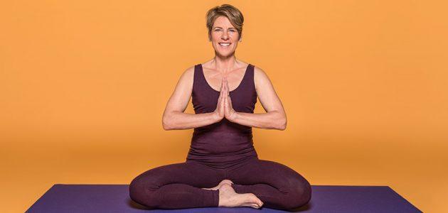 online: Hatha-Yoga am Abend